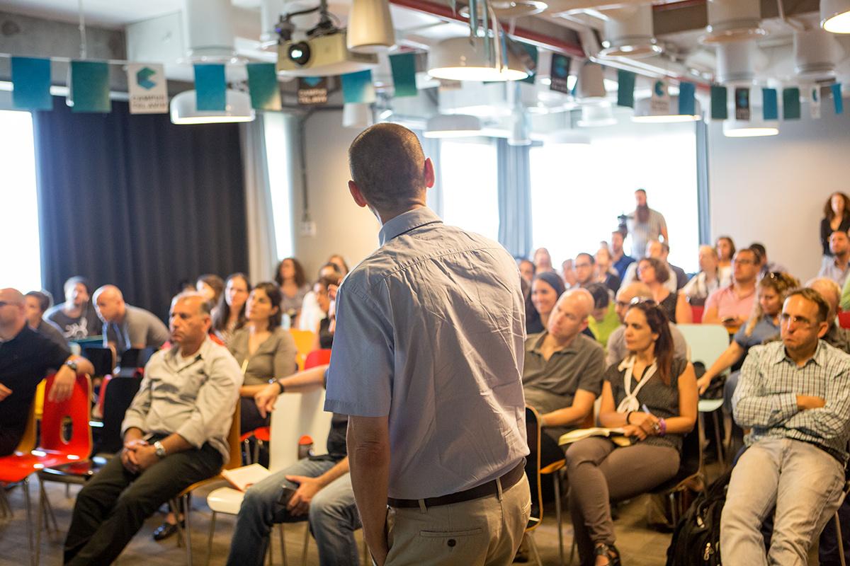מעבר ל-SWOT – הרצאות ומצגות